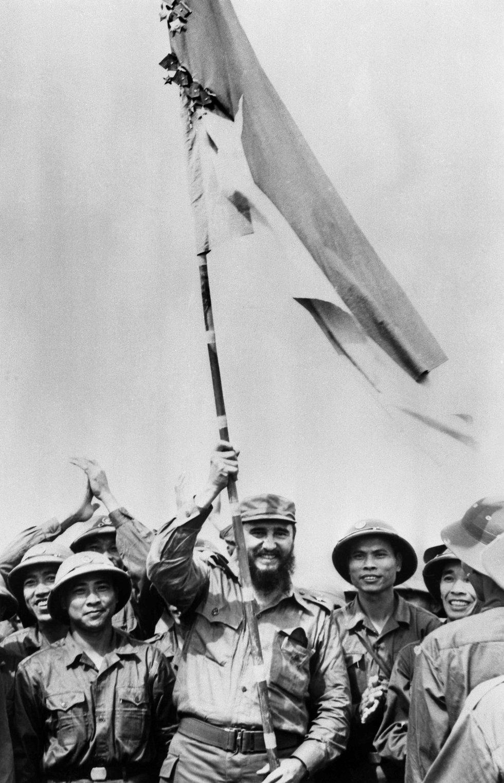Castro durante su visita a Vietnam del sur en septiembre de 1973, en medio de la guerra de Vietnam.