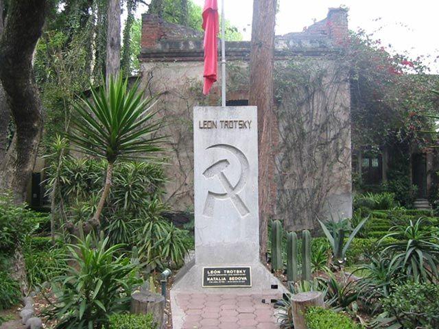 Tumba de Trotsky, en la ciudad de México.