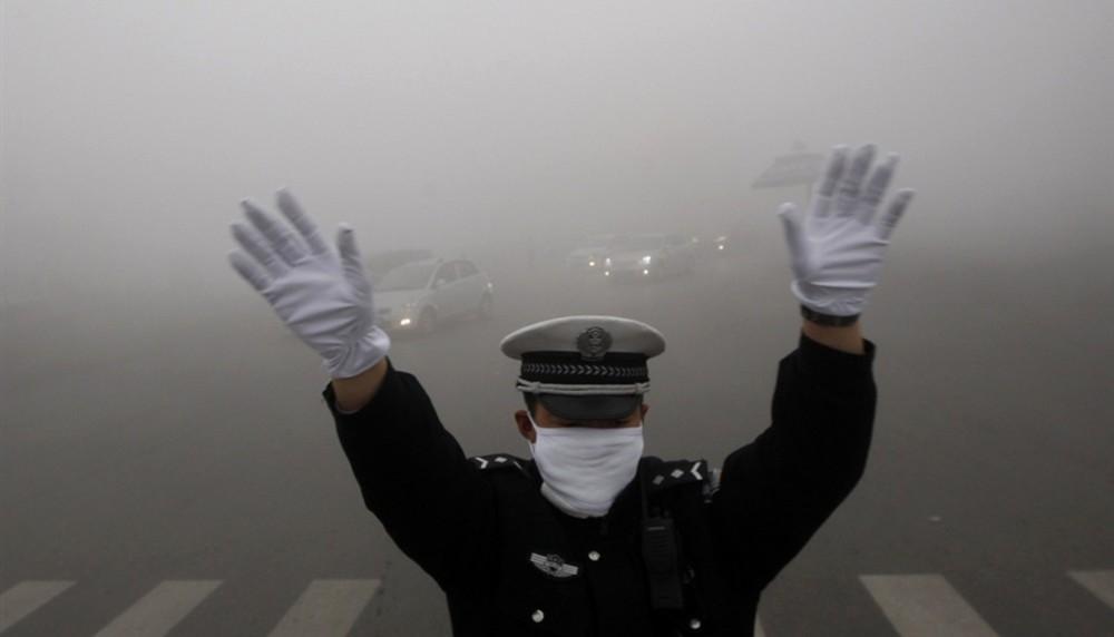 La economía china crece y aumenta su impacto ecológico.