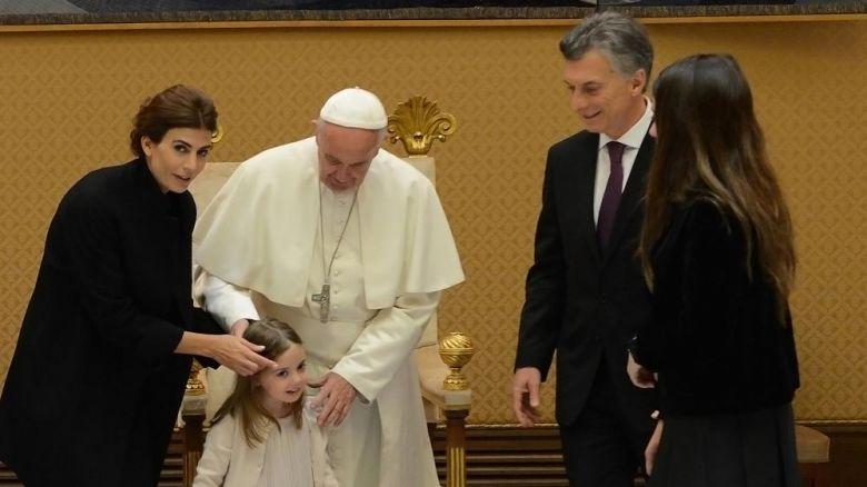 EL Papa con la familia Macri. Vaticano, 15 de octubre de 2016.