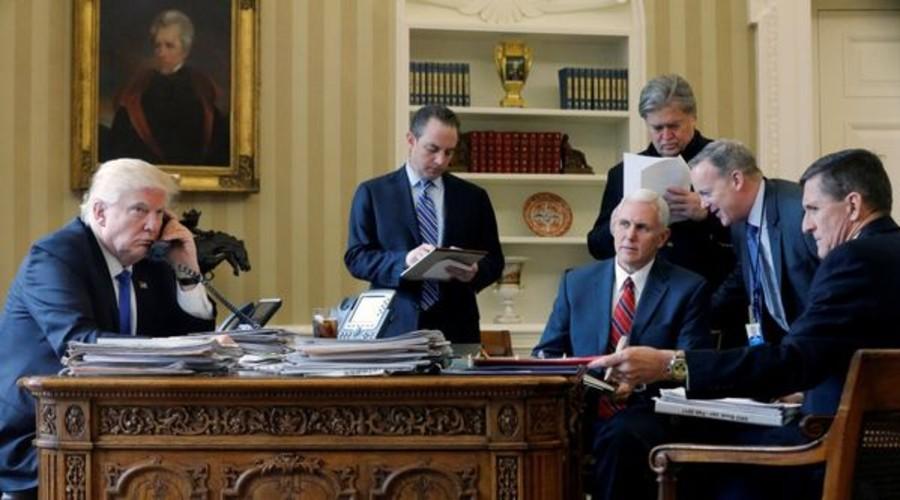 Donald Trump en el Salón Oval