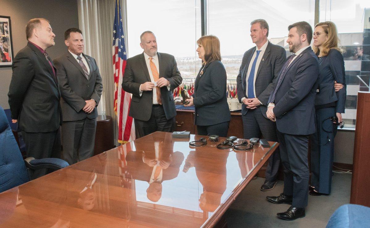 Bullrich visitó la DEA y cerró acuerdos de intercambio de información sobre los carteles de la droga que operan en la región